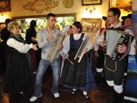 FS Grof Blagaj - Slovenski večer v Skritem kotu 2012 (13)